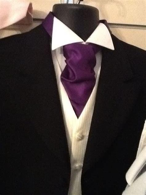 Purple cravat, spencer ivory waistcoat, black prince
