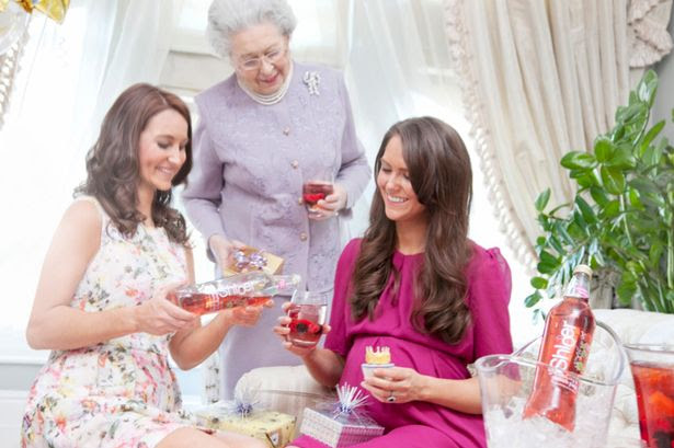 Pippa keeps the non-alcoholic bubbles flowing for big sister Kate