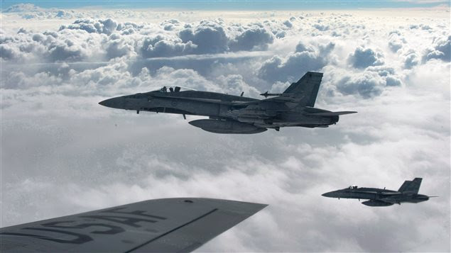 Des CF-18 de la Royal Canadian Air Force se dirigent vers l'Irak.