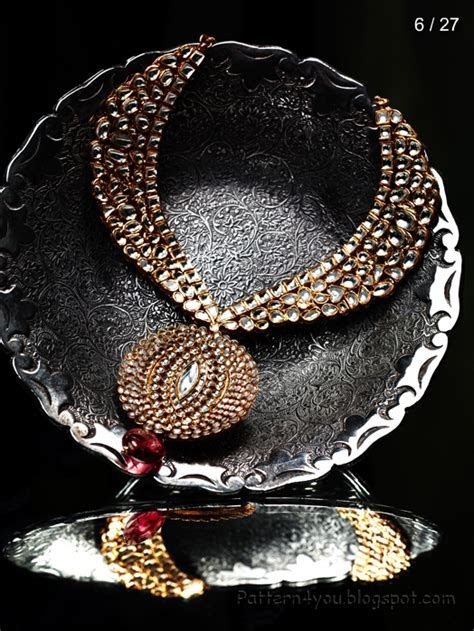 Pattern 4 you: Tanishq Wedding Jewels Collection