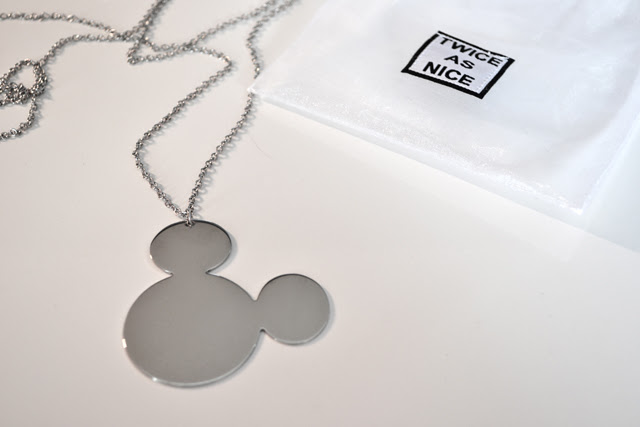 twice as nice disney collection jewelry necklace earings silver astrid bryan fashion blogger belgium