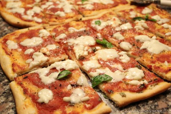 pizza sottile-tagliata