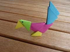 Tangrami Parrot (Schmasipopasi) Tags: pink blue green bird birds animal yellow paper tiere 3d origami craft parrot gelb modular grn blau vgel papier papagei vogel papercraft paperwork basteln falttechnik tangrami