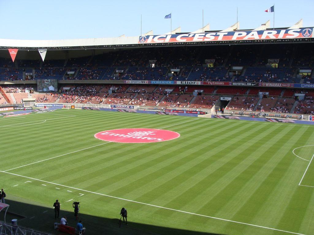 File:Parc des Princes (été 2011).JPG - Wikimedia Commons