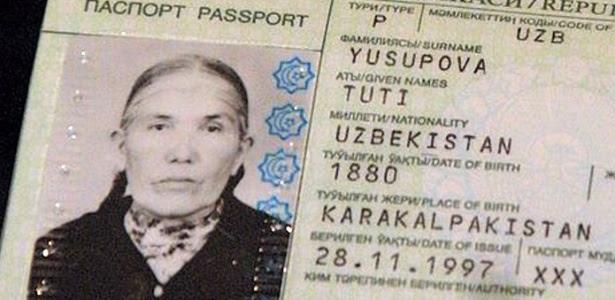 imagem-do-passaporte-de-tuti-yusupova-134-declarada-a-mulher-mais-velha-do-mundo-1421698942731_615x300