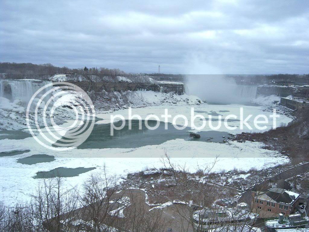 Niagara Falls in the winter photo 100_6886_zpsd2852720.jpg