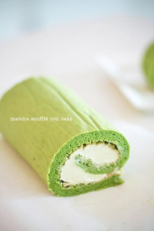 Matcha Soufflé Roll Cake