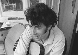 Bert Jansch strolling down the highway