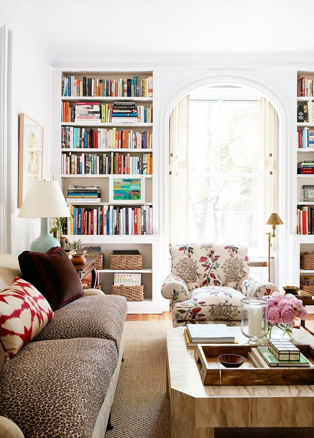 Home Tour: A Young Designer's Chic Pre-War Apartment ...