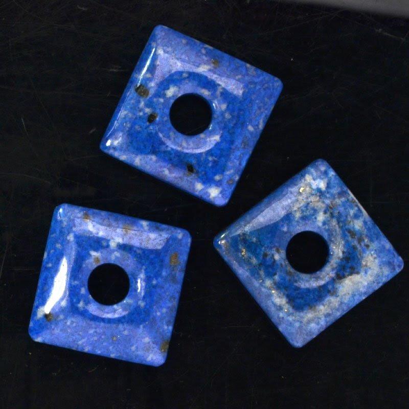 s44038 Stone - 40 mm Square Donut Pendant - Snowflake Lapis (1)