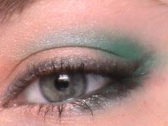 Homemade eyeshadow recipes