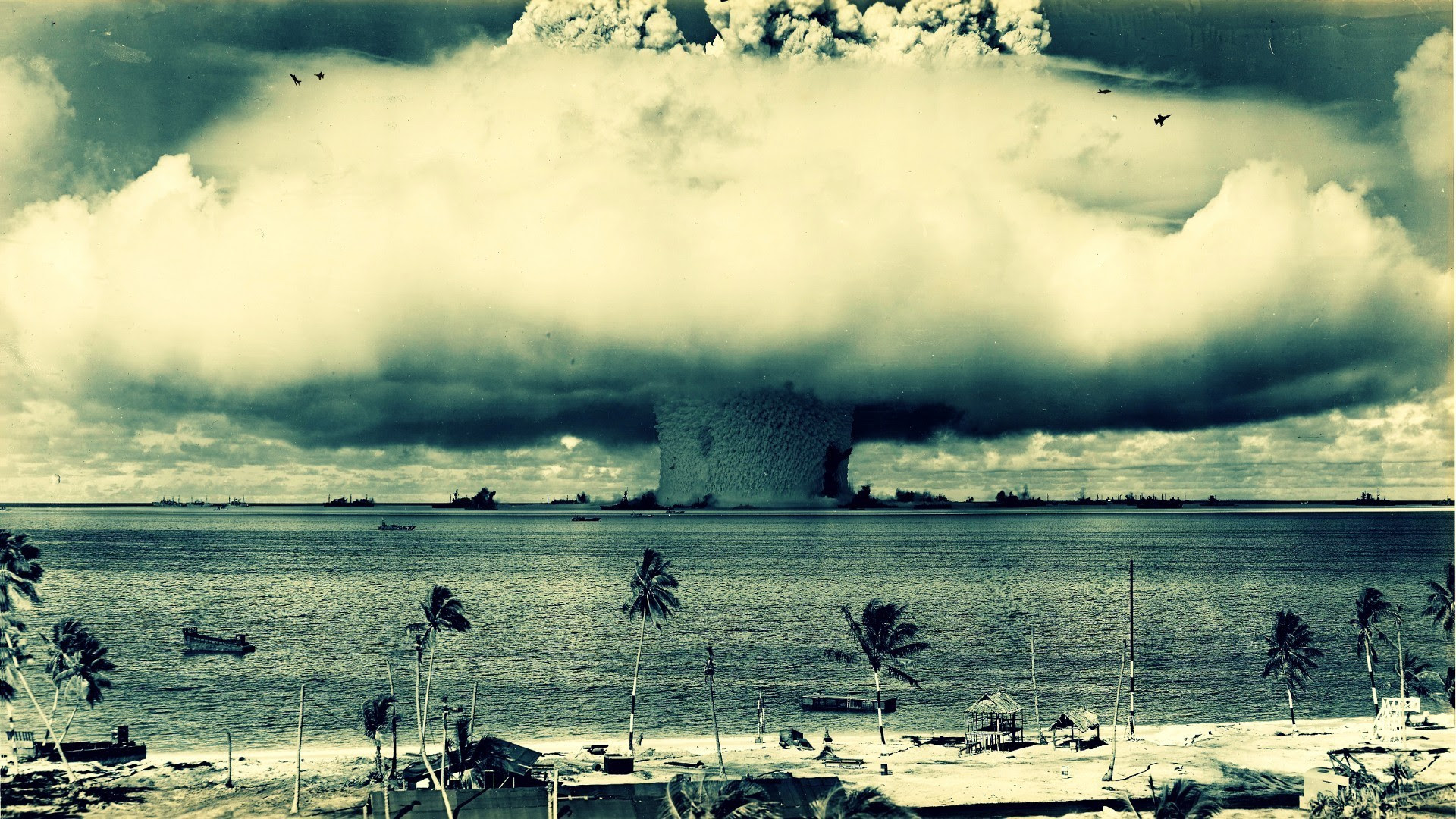 http://thepolicytensor.files.wordpress.com/2013/05/bomb-explosion-mushroom-cloud.jpg