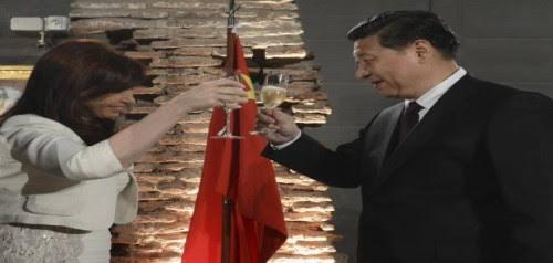 καθάρισε-τα-κοράκια-των-ΗΠΑ-με-δάνειο-από-την-Κίνα