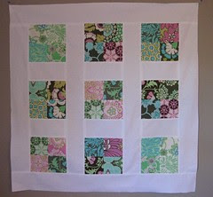 Daisy Chain Quilt top by HazelnutDesigns