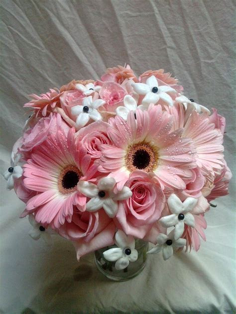 Gerber Daisy Centerpieces   Wedding Ideas   Pinterest