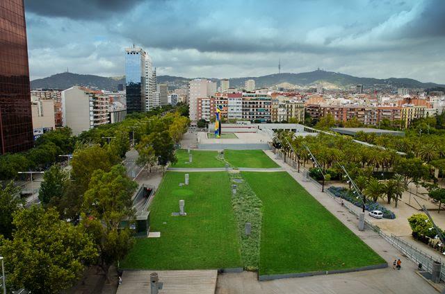 Joan Miro Park, Barcelona - Dona i Ocell sculpture [enlarge]