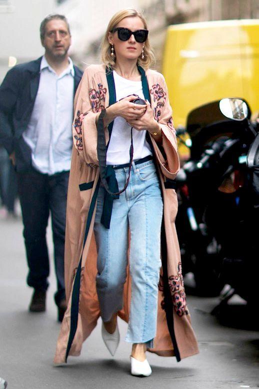 Le Fashion Blog Street Style Sunglasses Pink Kimono Jacket Tee Shirt Black Belt Cropped Denim White Pointed Toe Flats Via Elle Spain