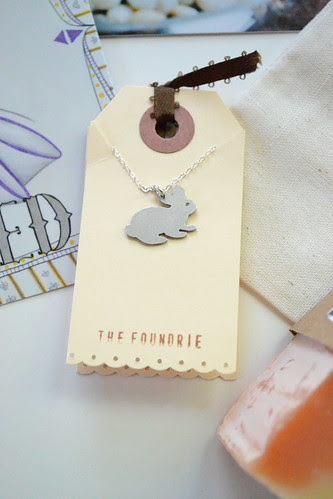pretty bunny necklace