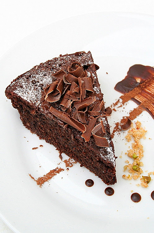 Torta Caprese - sliced