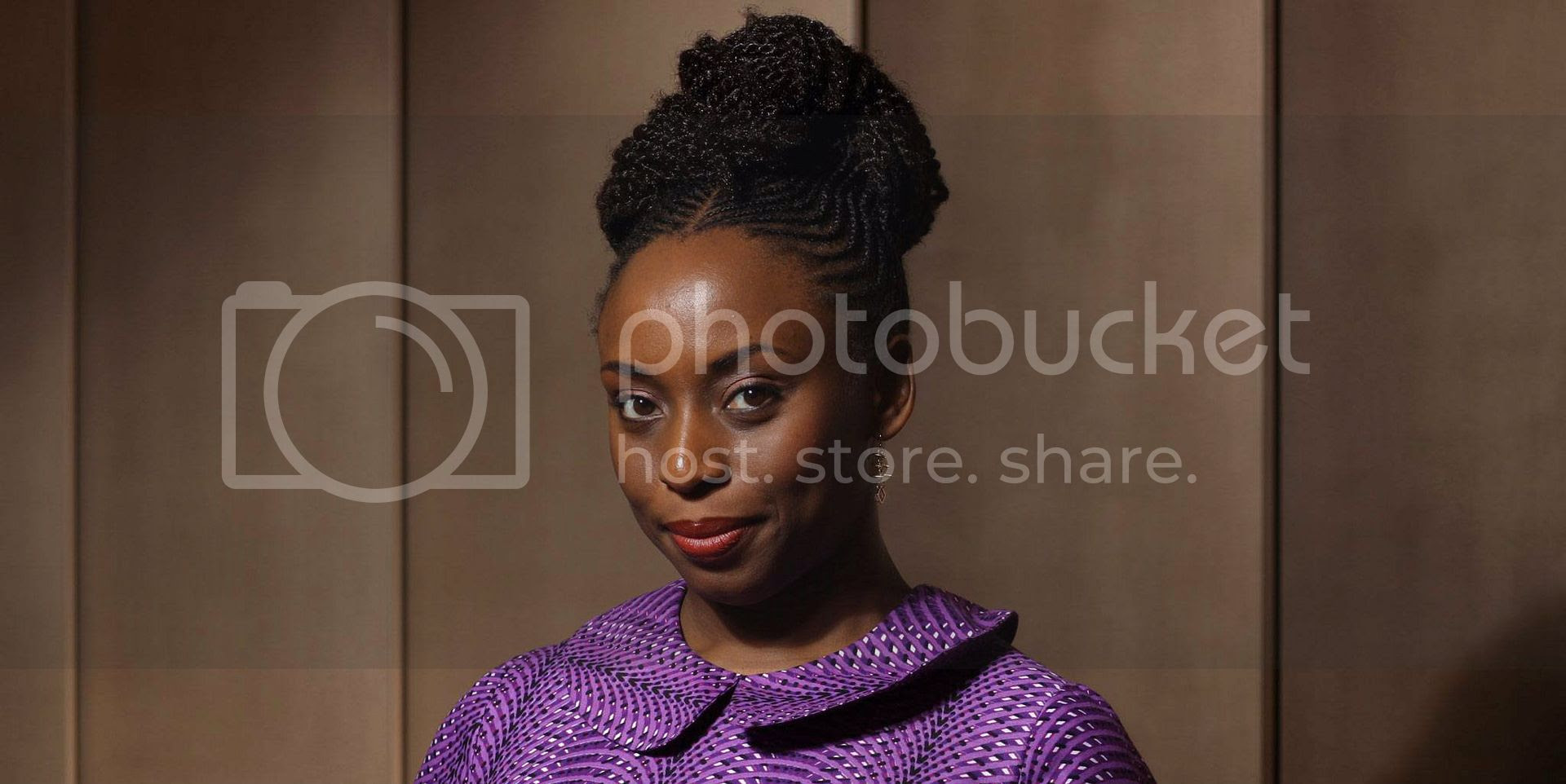 photo chimamanda-Ngozi-Adichie.jpg