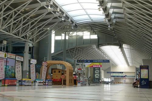 新烏日站大廳