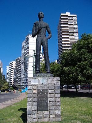 Homage to the Immigrant, in Rosario, Argentina...