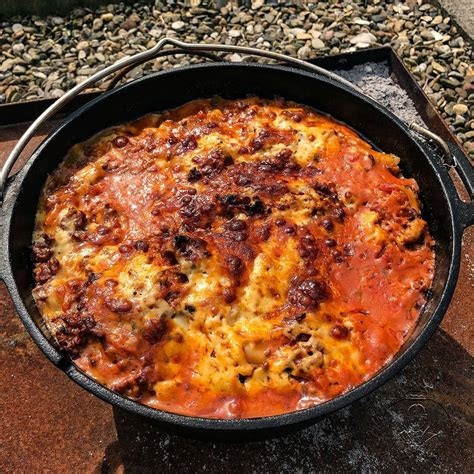 lasagne aus dem dutch oven gg grillende