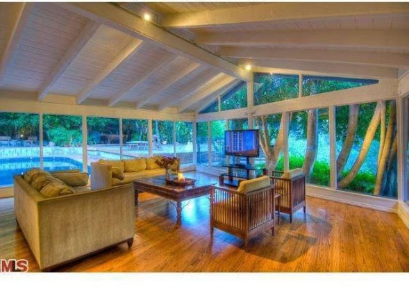 Salma Hayek Lists Hollywood Hills Home for Rent   Zillow Blog