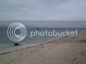 Barefoot White Beach - The Beachfront