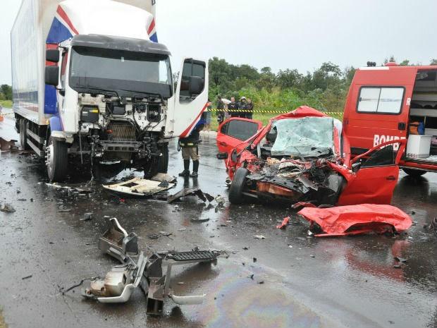 Acidente deixa três mortos e um ferido em rodovia de Campo Grande (Foto: Maressa Mendonça/G1 MS)