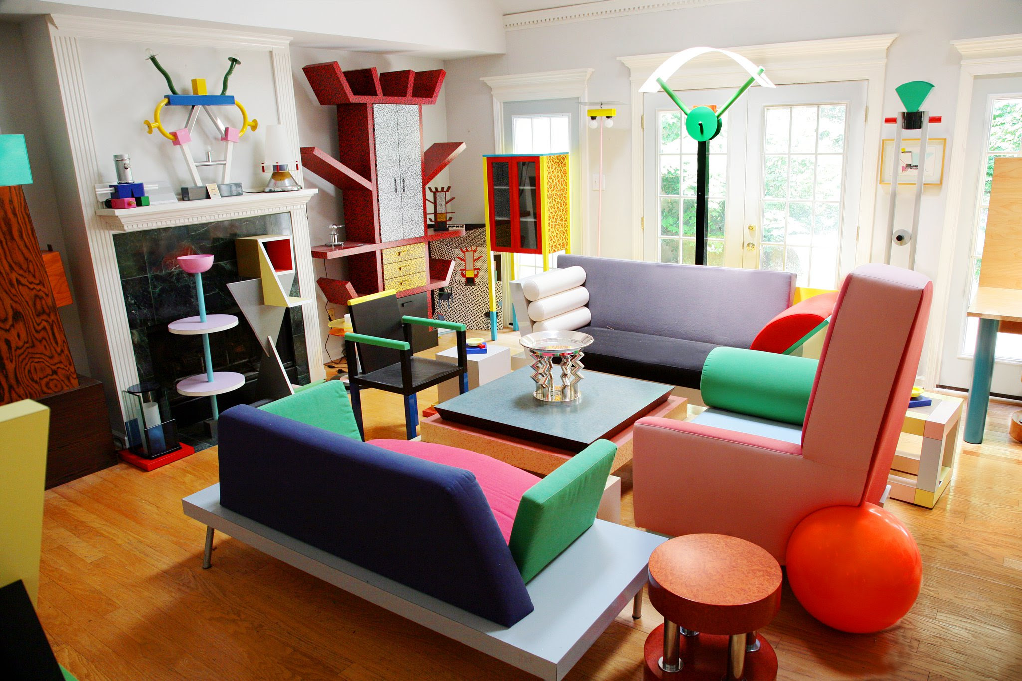 Fülhaus Life: History of Design: Post-Modernism and The ...