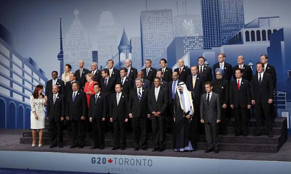 G20 walks tightrope between growth, deficits