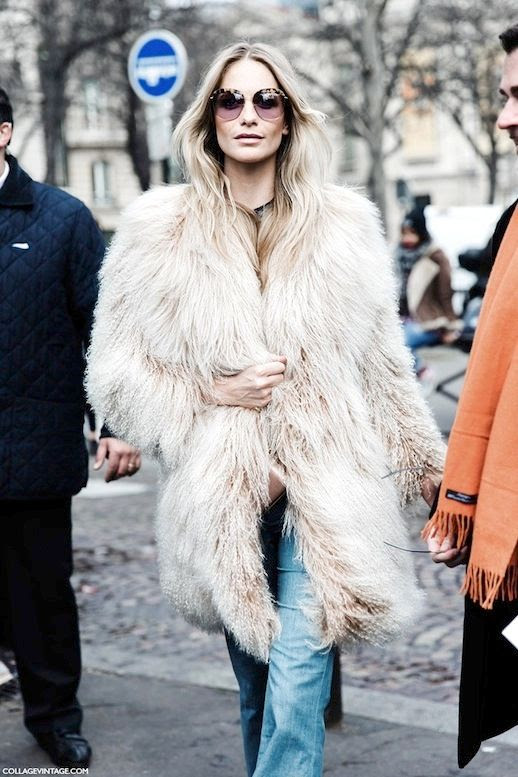 Le Fashion Blog Fall Winter Street Style Poppy Delevingne Oversized Round Sunglasses Beige Faux Fur Coat Flared Jeans Via Collage Vintage