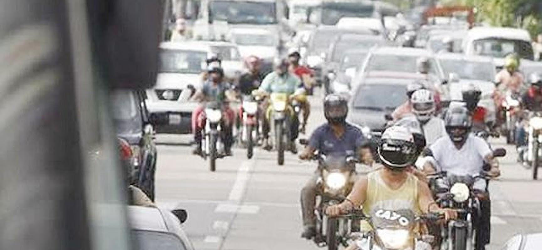 Acidentes com moto respondem por 76,7% dos inválidos