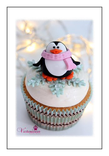 Penguin Cupcake topper