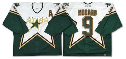 Minnesota North Stars 2002-03 jersey photo MinnesotaNorthStars2002-03jersey.jpg