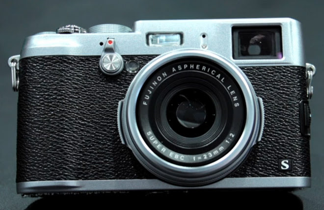 The Fuji X100S Is Faster Than Your Toddler