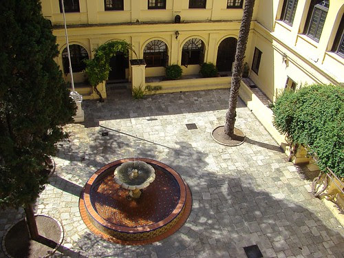 El patio del Monserrat