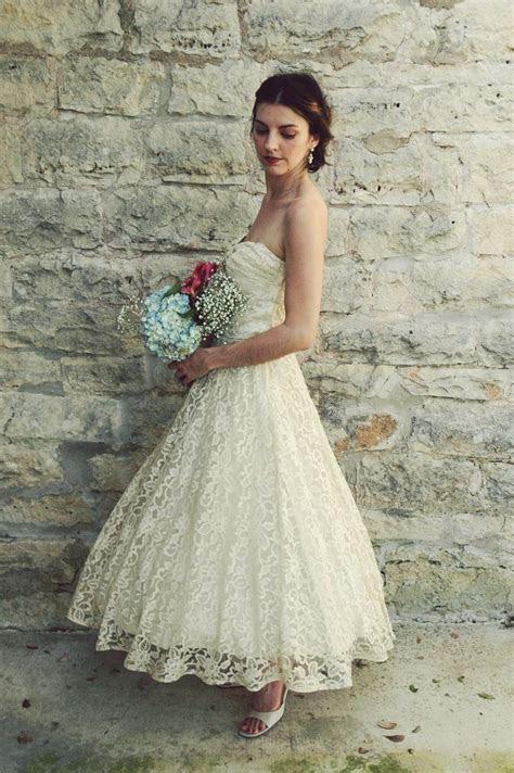 1950s Tea Length Wedding Dress / Vintage Antique Ivory
