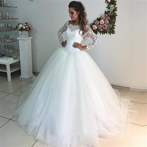 2019 Long Sleeve Wedding Dresses Hot Selling Lace Tulle