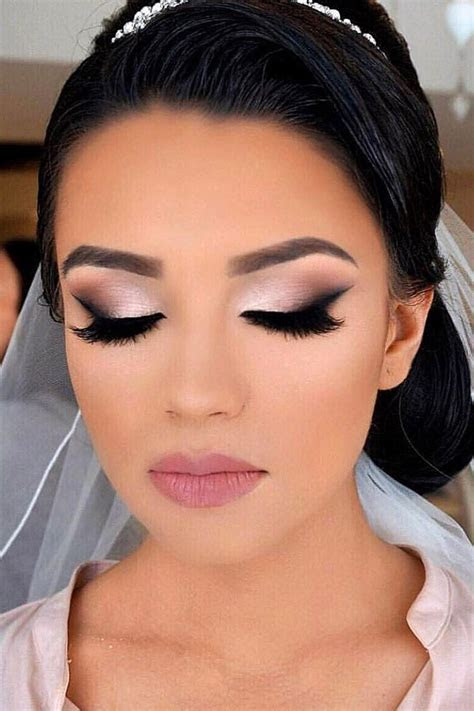 Every bride spent so much time searching a perfect makeup