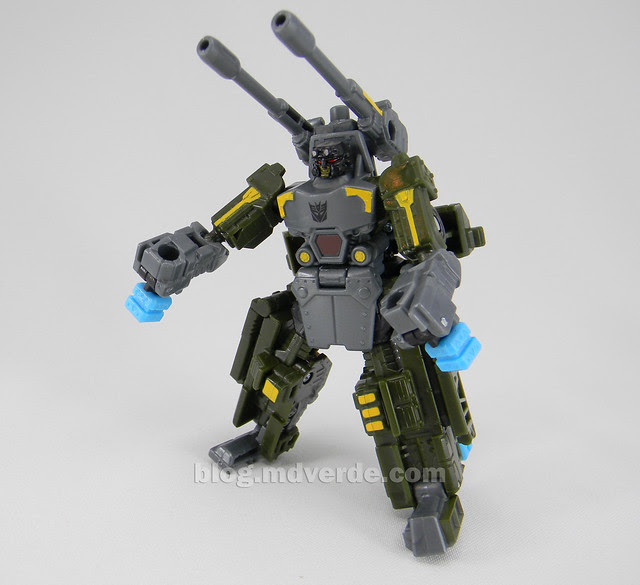 Transformers Bombshock con Combaticons Power Core Combiners - modo robot