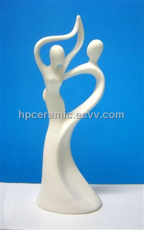 Porcelain Wedding Figurines from China Manufacturer
