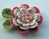 Crochet Flower Applique  in Pinks - AnnieDesign