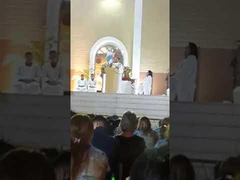 Vídeo: em sermão, padre critica Robinson em Pau dos Ferros