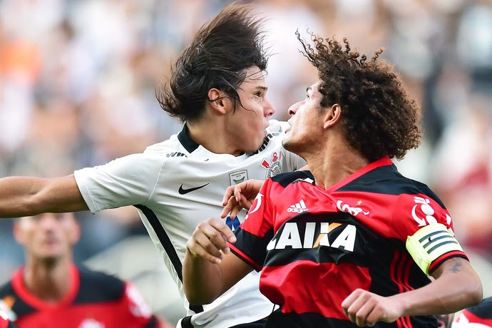 Corinthians Flamengo (Foto: Marcos Ribolli)