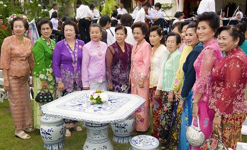 Baba ladies at the Hongyok house
