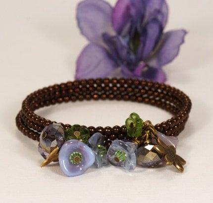 Jacaranda Mauve and Green Floral Posy Bracelet