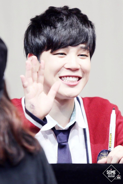 Smiling Jimin - Jimin (BTS) Photo (37498657) - Fanpop