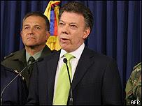 Juan Manuel Santos, ministro de Defensa colombiano
